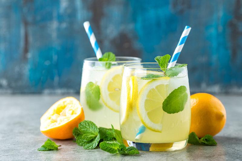 Homemade citroenlimonade